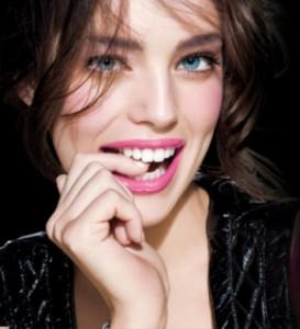 Emily DiDonato teeth