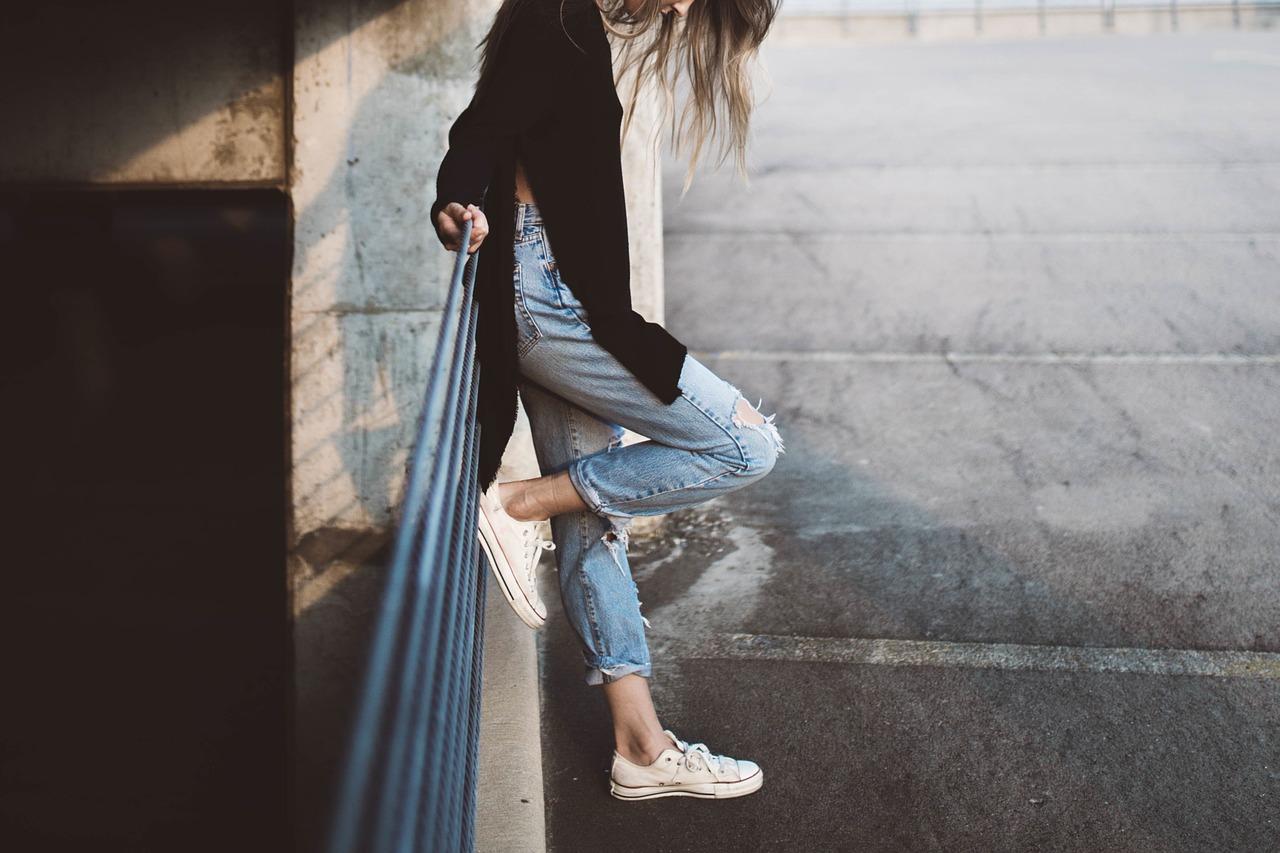 woman jeans photo