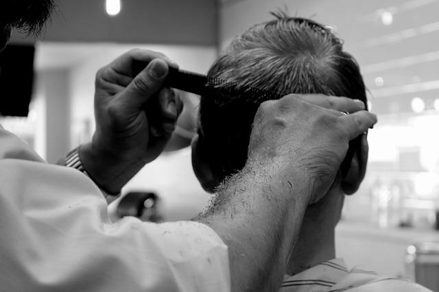man haircut photo