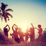 Top 4 Absolute Best Fashion Tips For A Party On The Beach